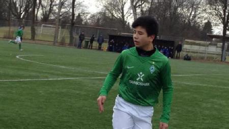 Berikut ini ada 3 klub Liga 1 yang bisa saja menggaet talenta muda Sebastian Czimmeck yang dikabarkan memiliki keturunan Indonesia. - INDOSPORT