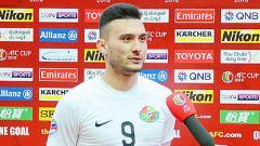 Indosport - Striker Timnas Turkmenistan Suleyman Muhadow diketahui tengah merana usai batal berlabuh ke klub Liga 1 Persib Bandung.