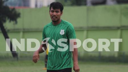 Mantan striker Timnas Indonesia, Saktiawan Sinaga, tiba-tiba saja menyambangi markas latihan klub Liga 2 2020, PSMS Medan, di Komplek Stadion Kebun Bunga. - INDOSPORT
