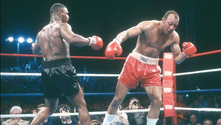Mike Tyson vs James Smith. Copyright: Focus on Sport/Getty Images