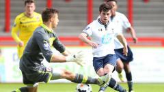 Indosport - Mengenal Kenny McEvoy, kembaran nyata Gareth Bale di benua Eropa yang kini tengah menganggur bisa diboyong klub Liga 1 Indonesia.