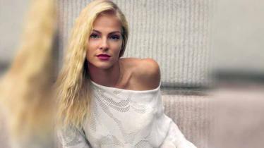 Atlet lompat jauh asal Rusia, Daria Klishina, mengaku pernah ditawari jadi pekerja seks komersial papan atas. Dia memang memiliki pesona kecantikan alami. - INDOSPORT