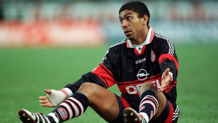 Jauh sebelum hadirnya Robert Lewandowski, Bayern Munchen nyatanya sempat memiliki mesin gol asal asal Brasil, yakni Giovane Elber. - INDOSPORT