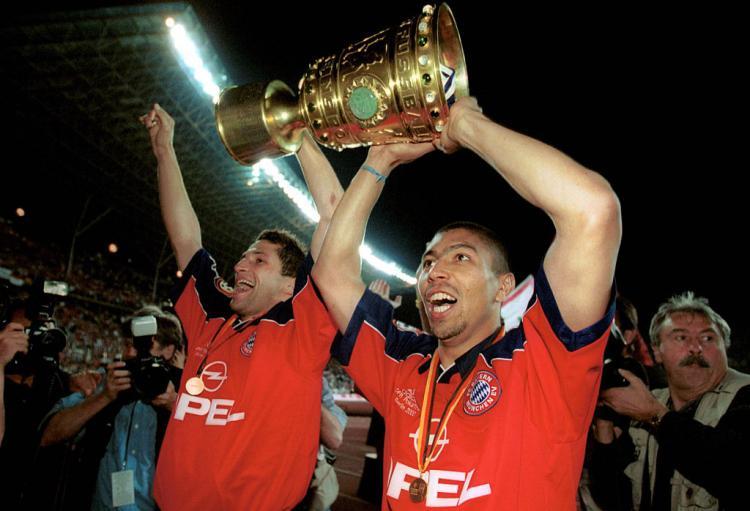 Giovane Elber (kanan), legenda Bayern Munchen Copyright: contrast/Boris Streubel/ullstein bild via Getty Images