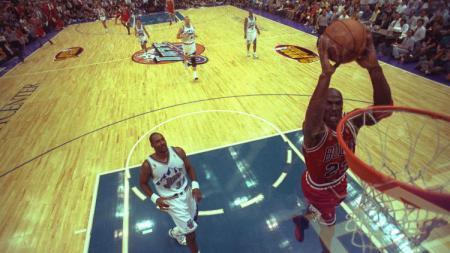 Michael Jordan saat masih aktif sebagai pemain di NBA. - INDOSPORT