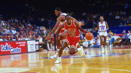 Michael Jordan saat masih aktif sebagai pemain NBA. - INDOSPORT