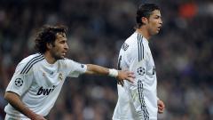 Indosport - Raul Gonzalez dan Cristiano Ronaldo saat masih membela Real Madrid
