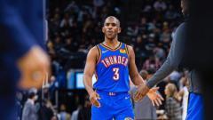Indosport - Chris Paul, bintang basket NBA milik Oklahoma City Thunder.
