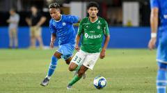 Indosport - Bilal Benkhedim (kanan), pemain muda asal Prancis yang jadi incaran AC Milan