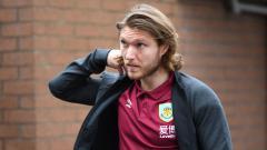 Indosport - Pemain sepak bola klub Liga Inggris, Burnley, yakni Jeff Hendrick, berpeluang merapat ke AC Milan setelah ia tak memperpanjang kontraknya.