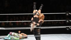 Indosport - Pegulat wanita WWE, Nia Jax.
