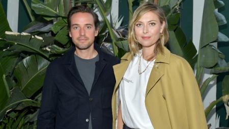 Maria Sharapova bersama sang kekasih, Alexander Gilkes. - INDOSPORT