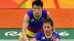 Indosport - Tersingkir dari Swiss Open 2021, Federasi Bulutangkis Dunia (BWF) soroti rekor buruk peraih medali perak Olimpiade Rio 2016 yakni Chang Peng Soon/Goh Liu Ying.