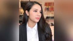 Indosport - Nguyen Khanh Linh, istri dari kiper Timnas Vietnam, Bui Tien Dung.