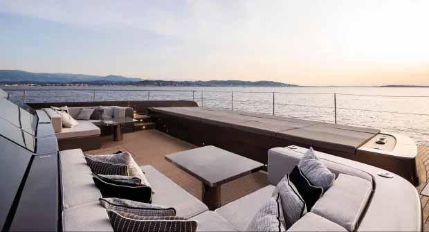 Rafael Nadal membayar £ 4,5 juta untuk kapal pesiar pada 2019. Copyright: thesun/Sunreef Yachts