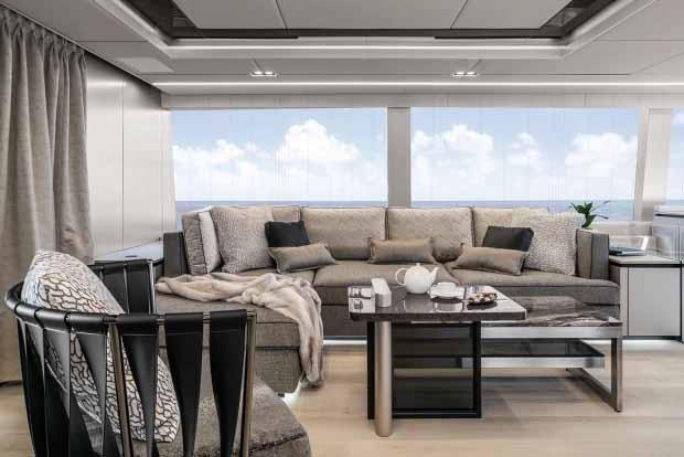 Ruang untuk bersantai di kapal pesiar Nadal yang menakjubkan. Copyright: thesun/Sunreef Yachts