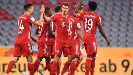 Bayern Munchen berhasil meraih kemenangan tipis 2-1 atas Eintracht Frankfurt dalam laga semifinal Piala Liga Jerman atau dikenal juga dengan nama DFB Pokal. - INDOSPORT