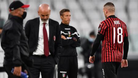 AC Milan, klub Serie A Italia, punya dua incaran besar di masa bursa transfer musim panas 2020, yang kini sudah kena tikung klub lain. - INDOSPORT