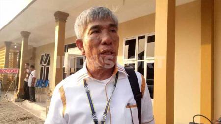 Ketua Umum KONI Sumut John Ismadi Lubis, mengingatkan para atlet, khusus yang dipersiapkan untuk PON XX Papua untuk tetap menjaaga diri dari virus corona. - INDOSPORT