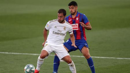 Aksi Eden Hazard di laga LaLiga Spanyol antara Real Madrid vs Eibar - INDOSPORT