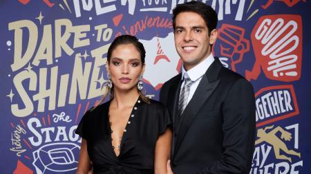 Carolina Dias Leite bersama sang suami, Kaka. - INDOSPORT