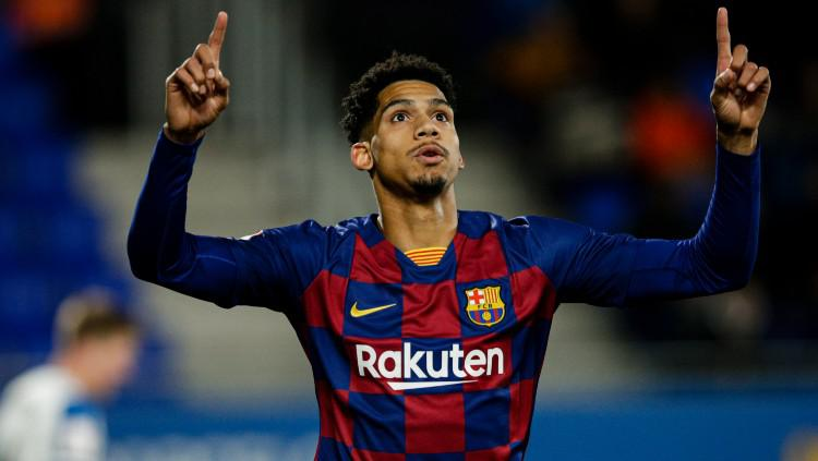 Ronald Araujo, pemain muda Barcelona. Copyright: Xavier Bonilla/NurPhoto via Getty Images
