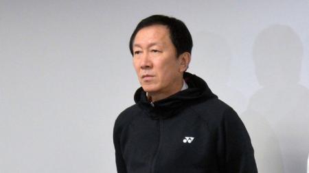 Media China menyoroti misi berat dari Kepala Pelatih Jepang Park Joo-bong yang kontraknya resmi diperpanjang oleh Asosiasi Bulutangkis Jepang (NBA). - INDOSPORT