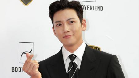 Aktor Korea Selatan, Ji Chang Wook. - INDOSPORT