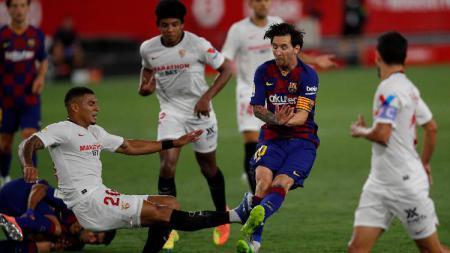 Berikut tersaji lima pemain sepak bola yang memiliki kelebihan berupa dribble atau gocekan maut, dimana salah satunya adalah Lionel Messi dari Barcelona. - INDOSPORT