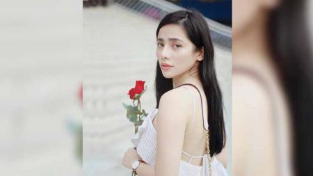 Seorang model cantik dan seksi asal Filipina yang bernama Debbie Garcia, ternyata cukup jago dalam olahraga bela diri. - INDOSPORT