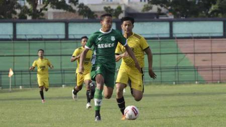Striker PSMS Medan di Liga 2 2020, Ari Hermawan, yang baru saja direkrut PSG. - INDOSPORT