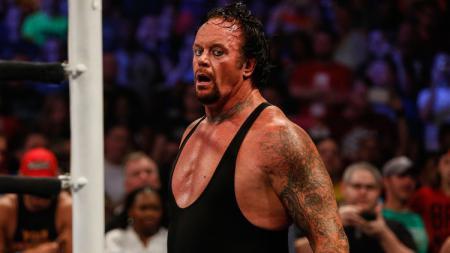 WWE dikabarkan sedang menyiapkan pertarungan perpisahan terhadap salah satu legenda mereka, The Undertaker. - INDOSPORT