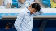 Indosport - Ketika sedang fokus mendampingi timnas Indonesia U-19 menjalani pemusatan latihan di Kroasia, PSSI memberikan misi berat untuk Shin Tae-yong.