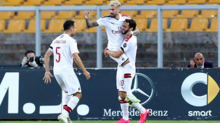 AC Milan sukses menyelesaikan pertandingan pekan ke-27 Serie A Liga Italia dengan kemenangan besar melawan Lecce. - INDOSPORT