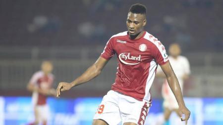 Striker asal Guenia-Bissau Amido Balde kian bersinar di Liga Vietnam 2020 (V.League 1) pasca hengkang dari PSM Makassar akhir musim lalu. - INDOSPORT