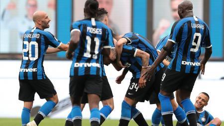 Inter Milan mengalami penurunan performa luar biasa di paruh kedua di bawah asuhan Antonio Conte, apakah mereka tengah mengulang dosa lama? - INDOSPORT