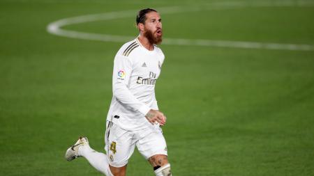 Zidane ingin Sergio Ramos pensiun di Real Madrid. - INDOSPORT