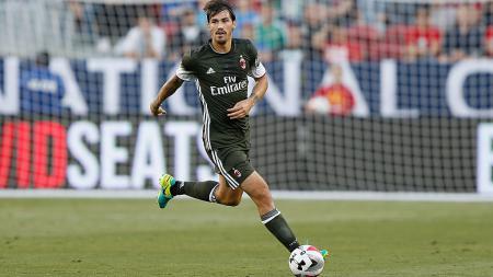 Alessio Romagnoli, bek AC Milan yang diincar Liverpool - INDOSPORT