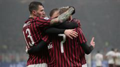 Indosport - Alessio Romagnoli merayakan gol yang dicetak Ante Rebic