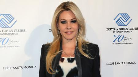 Shanna Moakler, mantan istri petinju Oscar De La Hoya. - INDOSPORT