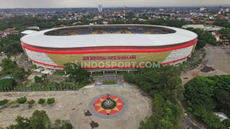 Kondisi terkini salah satu venue Piala Dunia U-20 2021, Stadion Manahan Solo. - INDOSPORT