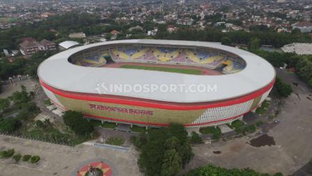 Kemegahan Stadion Manahan dilihat dari udara.