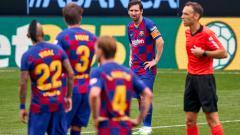 Indosport - Kabar buruk menimpa Barcelona. Lionel Messi selaku pemain ikonik mereka sudah berencana hengkang akhir musim LaLiga Spanyol.