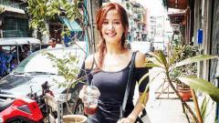 Indosport - Artis Korea Selatan yang beberapa kali tampil di film dewasa, Cho Yeo Jeong, terrnyata pernah jajal uji adrenalin dengan rafting di Bali.