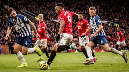 Pertandingan Brighton and Hove Albion vs Manchester United bisa disaksikan melalui layanan live streaming. - INDOSPORT