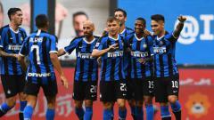 Indosport - Tiga bintang sepak bola Inter Milan ini dipercaya menjadi sumber masalah bagi penurunan performa raksasa Serie A Liga Italia tersebut di musim 2019/20.