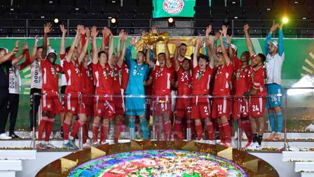 Bayern Munchen kini sudah mengoleksi dua gelar juara di musim 2019/20, yakni Bundesliga dan DFB Pokal.