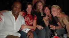 Indosport - Cara Jitu yang Membuat Mike Tyson Lepas dari Kecanduan Seks.