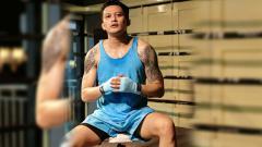Indosport - Aktor sekaligus Disc Jockey (DJ) ternama di Indonesia, Adhi Pawitra nampak semakin rajin latihan dan tubuhnya semakin terlihat berotot.