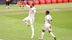 Indosport - Sergio Ramos merayakan golnya dalam laga Athletic Bilbao vs Real Madrid